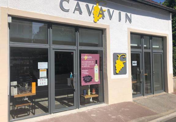 https://www.cavavin.co/sites/default/files/styles/galerie_magasin/public/magasin/devanture.jpg?itok=E-ygvijQ
