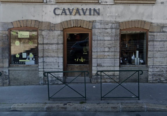 https://www.cavavin.co/sites/default/files/styles/galerie_magasin/public/magasin/devanture.png?itok=yKJXVaNe